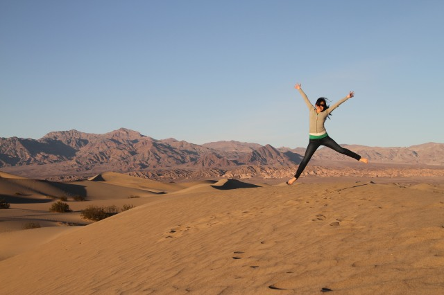 death valley sand dunes jumping